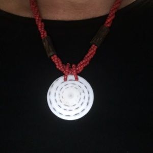 """Vintage Jewelry - Red Beads Necklace Chain Wood White Pendant 18"""""""